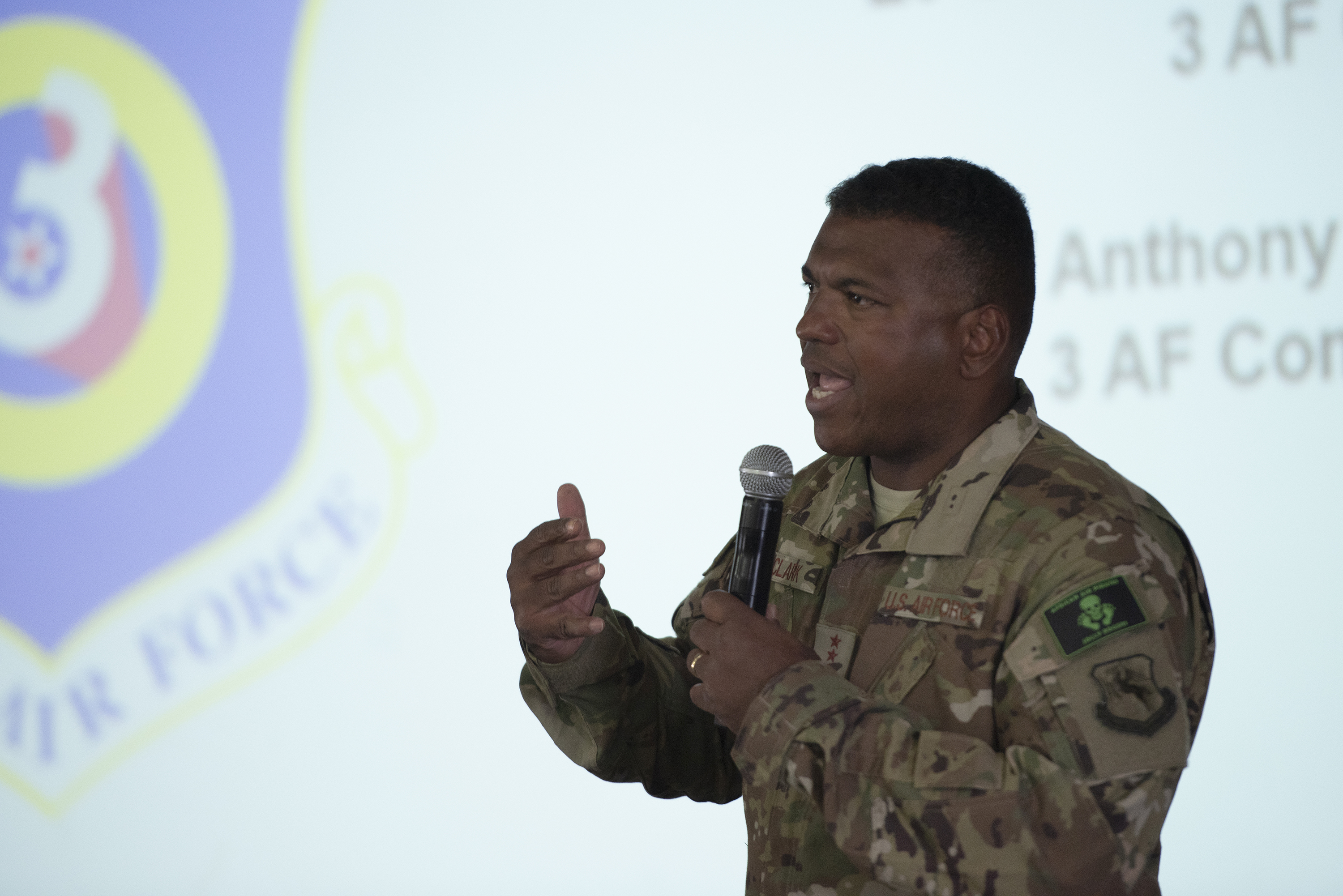 U.S. Air Force Lt. Gen. Richard Clark, commander, 3rd Air Force, speaks with Airmen from the 449th Air Expeditionary Group on Camp Lemonnier, Djibouti, Aug. 18, 2018. Clark and Chief Master Sgt. Anthony Cruz Munoz, command chief, 3rd Air Force, participated in a question-and-answer session and shared their leadership perspectives with the deployed service members. (U.S. Air National Guard photo by Master Sgt. Sarah Mattison)